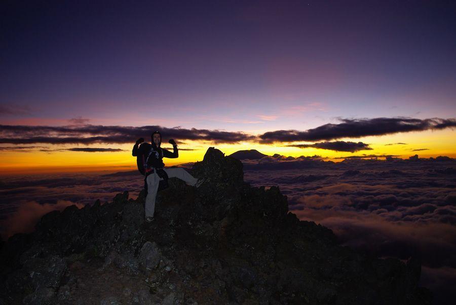 coucher de soleil mont meru tanzanie